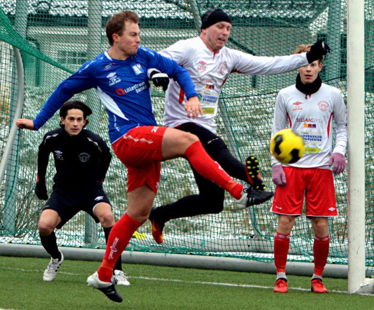 Bilder fra lørdagens fotball på Romerike