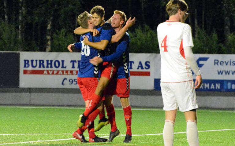 Foran den 24. serierunden i 4. divisjon | drama de fleste steder