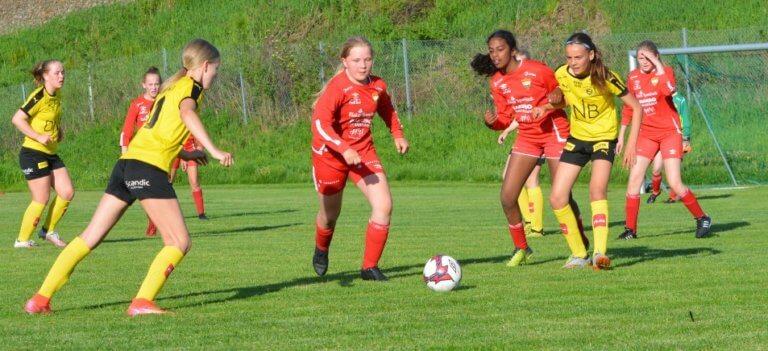 Jevn kamp på Sørumsand i årets første treningskamp